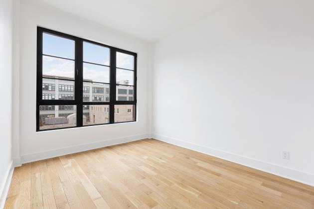 21-10 1155 Avenue of the Americas,6th Floor Long Island City,New York 11101,1 Bedroom Bedrooms,1 BathroomBathrooms,Condo coop,Decker,The,1155 Avenue of the Americas,6th Floor,210732