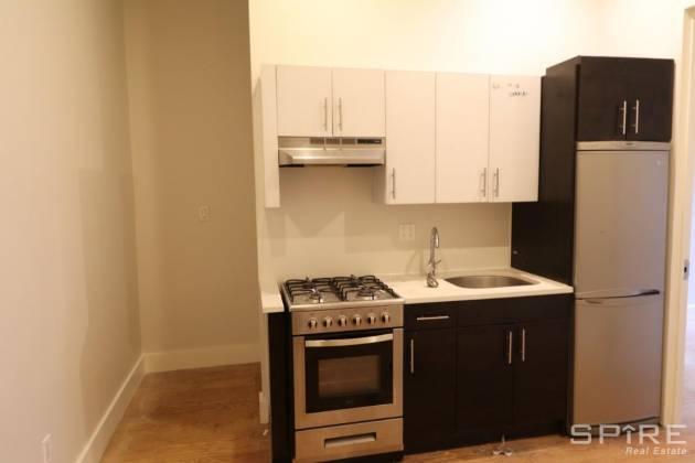 828 105 Madison Avenue,4th Floor Brooklyn,New York 11216,3 Bedrooms Bedrooms,1.5 BathroomsBathrooms,Apartment,105 Madison Avenue,4th Floor,544916
