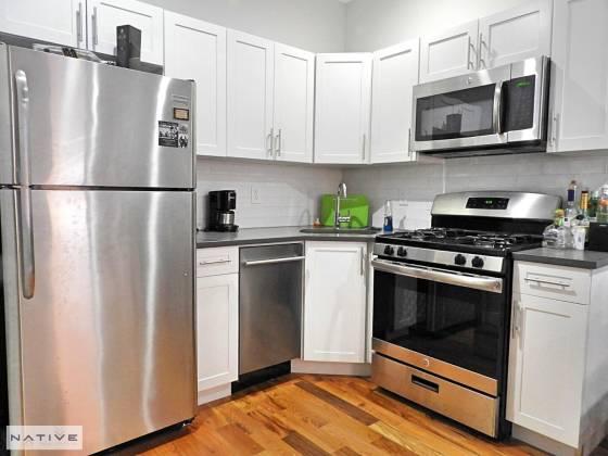 453 162 Huron St BROOKLYN,New York 11237,1 Bedroom Bedrooms,1 BathroomBathrooms,Apartment,162 Huron St,6715