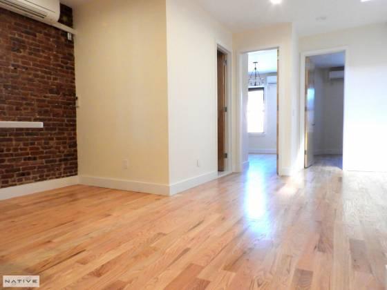 58-48 162 Huron St RIDGEWOOD,New York 11385,4 Bedrooms Bedrooms,2 BathroomsBathrooms,Apartment,162 Huron St,6873