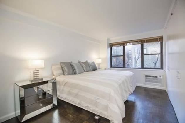 405 22 West 21st Street,10th Floor New York,New York 10065,1 Bedroom Bedrooms,1 BathroomBathrooms,Condocoop,York Gate,The,22 West 21st Street,10th Floor,745340853