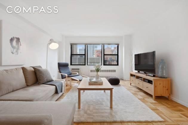 205 90 Fifth Avenue New York,New York 10075,1 Bedroom Bedrooms,1 BathroomBathrooms,Condocoop,Dover House,90 Fifth Avenue,80586770ad77b5deb0781
