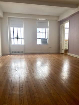 333 71 West 23rd Street,10th Floor New York,New York 10019,1 BathroomBathrooms,Condocoop,Parc Vendome,The,71 West 23rd Street,10th Floor,6989801