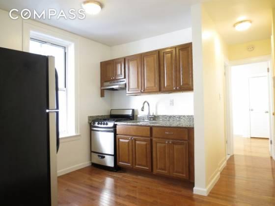 30-49 90 Fifth Avenue Queens,New York 11102,1 Bedroom Bedrooms,1 BathroomBathrooms,Apartment,90 Fifth Avenue,56814759985e76588f28b
