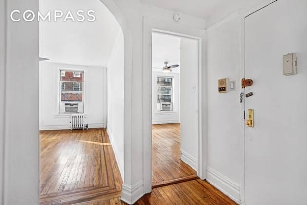 237 90 Fifth Avenue New York,New York 10011,1 Bedroom Bedrooms,1 BathroomBathrooms,Condocoop,90 Fifth Avenue,5484082f17a5471a94f13